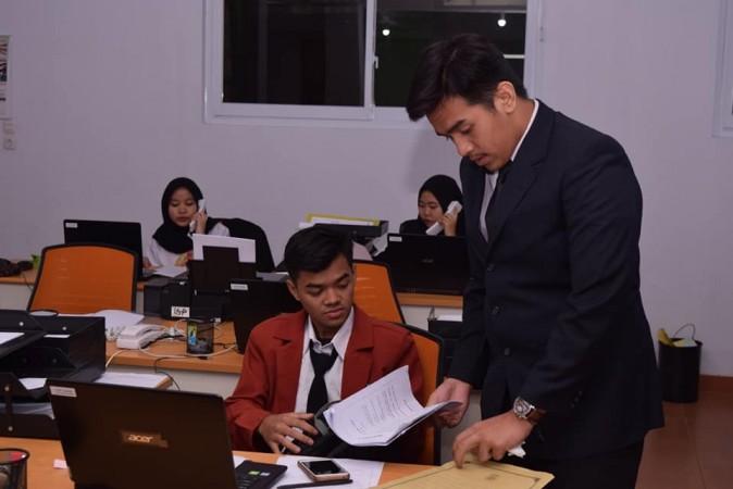 Read more about the article Jurusan Otomatisasi dan Tata Kelola Perkantoran