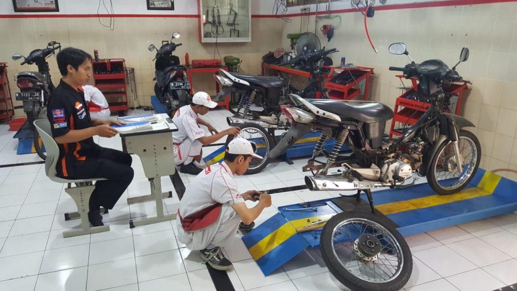 Read more about the article Jurusan Teknik Bisnis Sepeda Motor