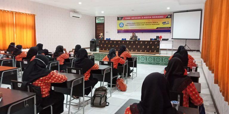 Read more about the article Sosialisasi Penguatan Budaya Kerja SMK Negeri 3 Kota Serang bagi Peserta Didik dan Tenaga Pendidik